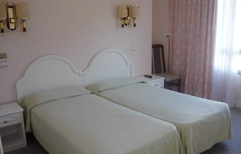 De la Hoz Hotel - Room - 2