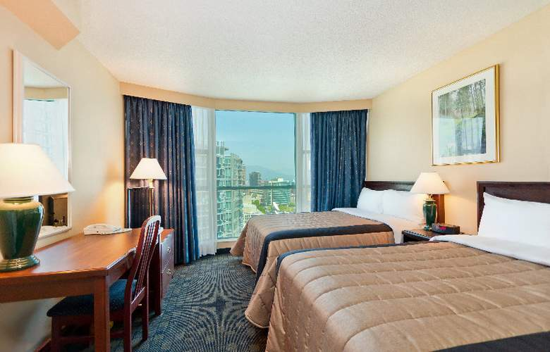 Rosedale on Robson Suites Hotel - Room - 3