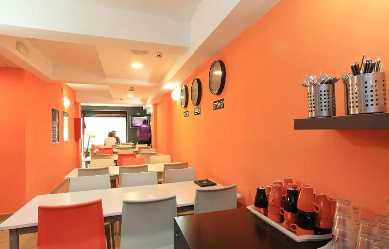 Youth Hostel Center Valencia - Restaurant - 14