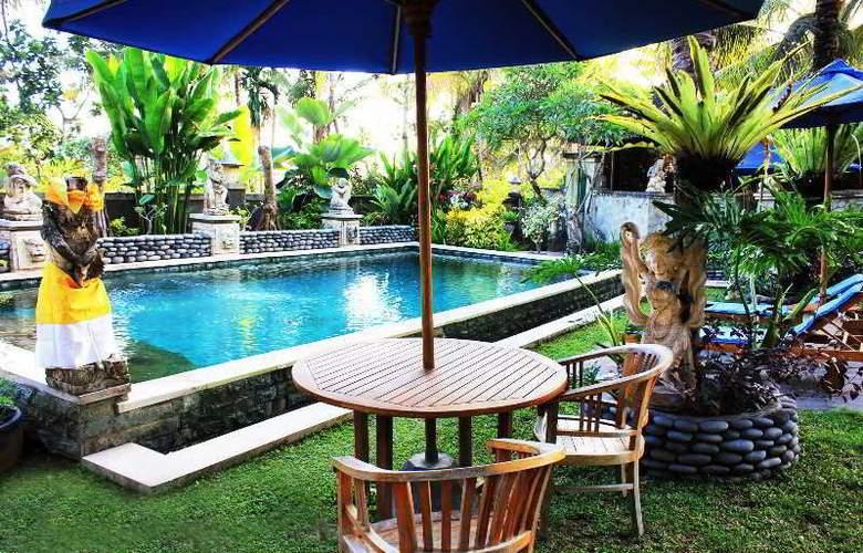 Villa Kishi Kishi - Pool - 9