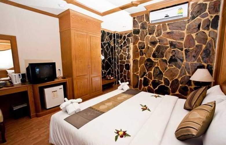 Chang Residence - Room - 7