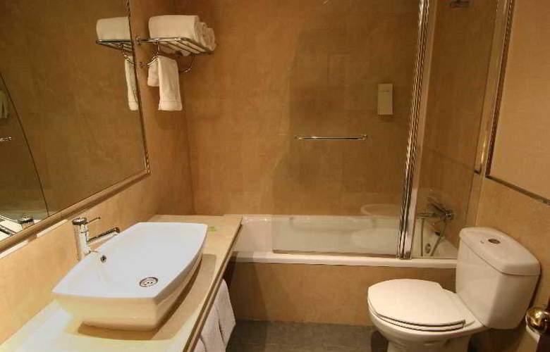 Hotel Alcantara (Antes Husa) - Room - 13