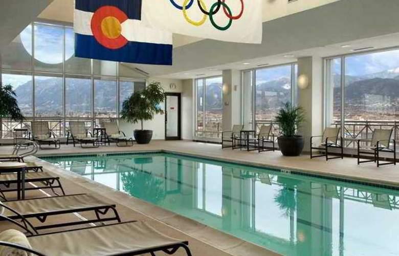 Antlers Hilton Colorado Springs - Hotel - 10