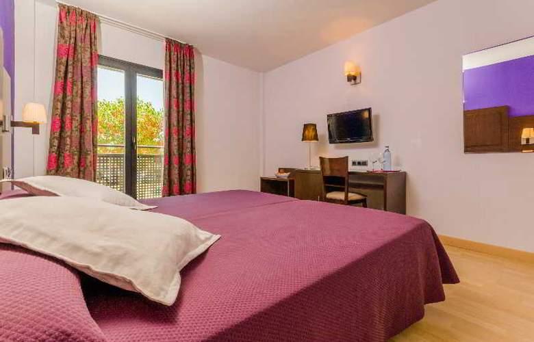 GIT Conquista de Granada - Room - 15