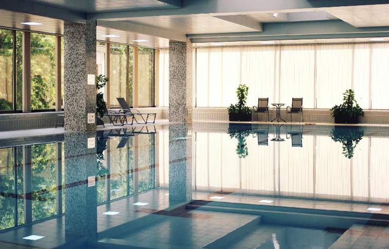 Radisson Sas Slavyanskaya - Pool - 22