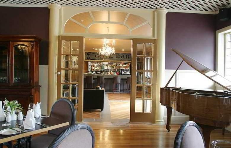 Princes Gate Hotel - Bar - 5
