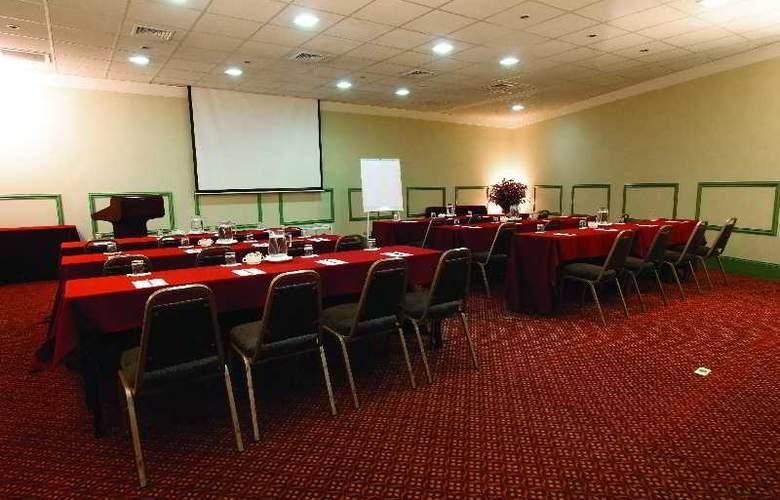 Suites del Bosque - Conference - 16