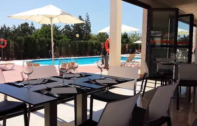 Adaria Vera - Restaurant - 16