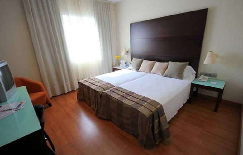 Vertice Aljarafe - Room - 17