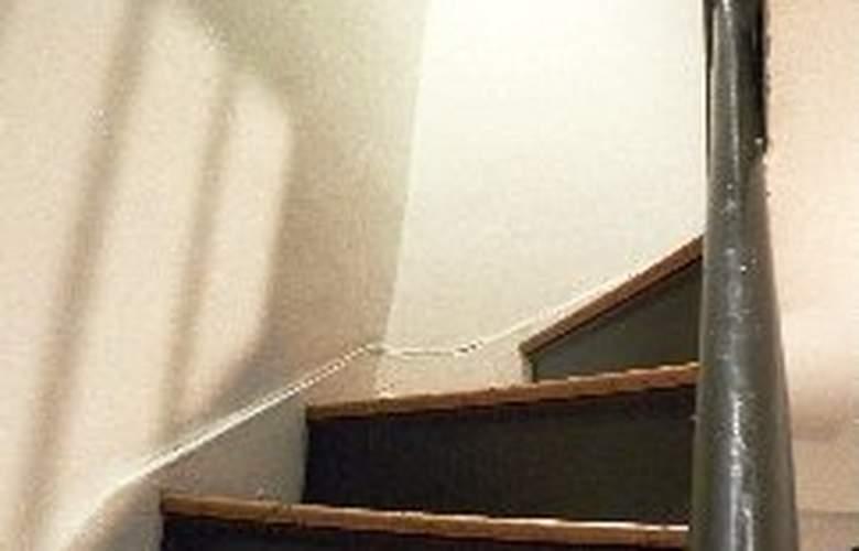 5 Bedroom Upper East Side Apartment - Room - 5