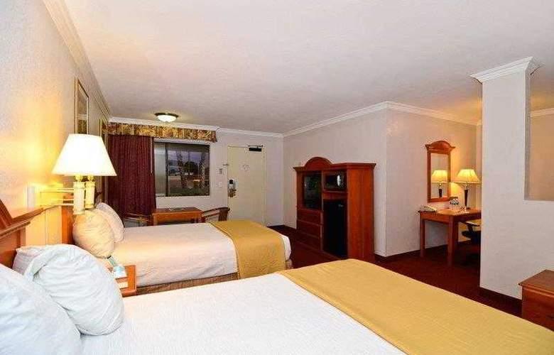 Best Western Plus Chula Vista Inn - Hotel - 10