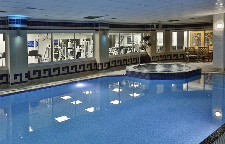 Best Western Stoke-On-Trent Moat House - Pool - 89