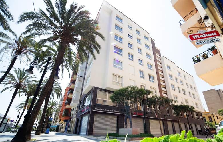 Marina Suites - Building - 8