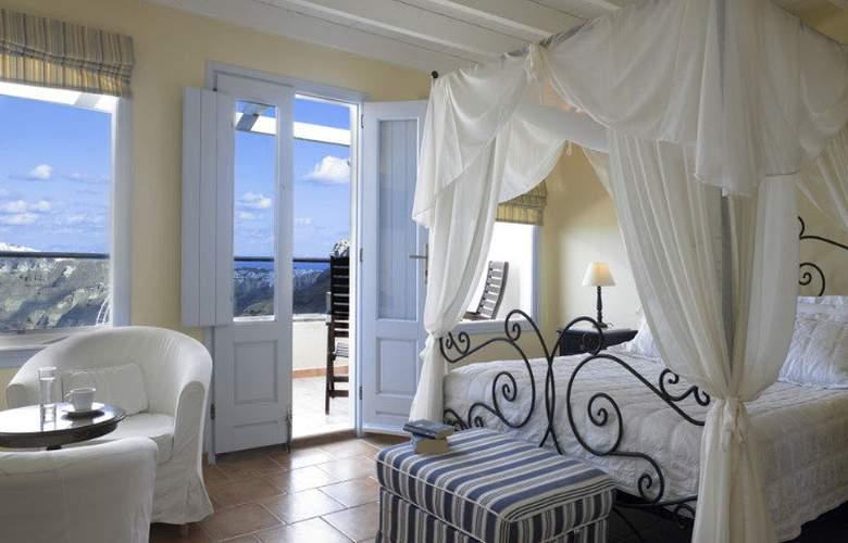 Suites of the Gods Apts - Room - 12