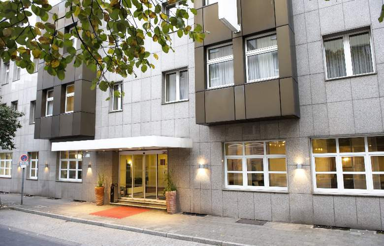Wyndham Garden Duesseldorf City Centre Koenigsallee - General - 9