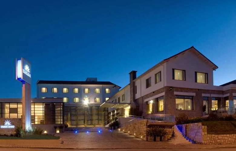 Uthgra Sasso - Hotel - 0