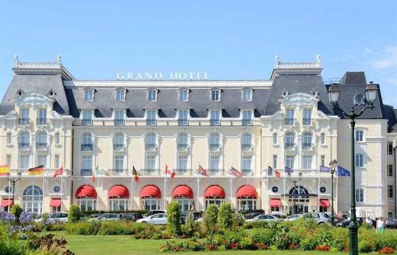 Le Grand Hôtel Cabourg - Hotel - 26