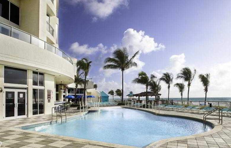 DoubleTree Ocean Point Resort & Spa - Pool - 21