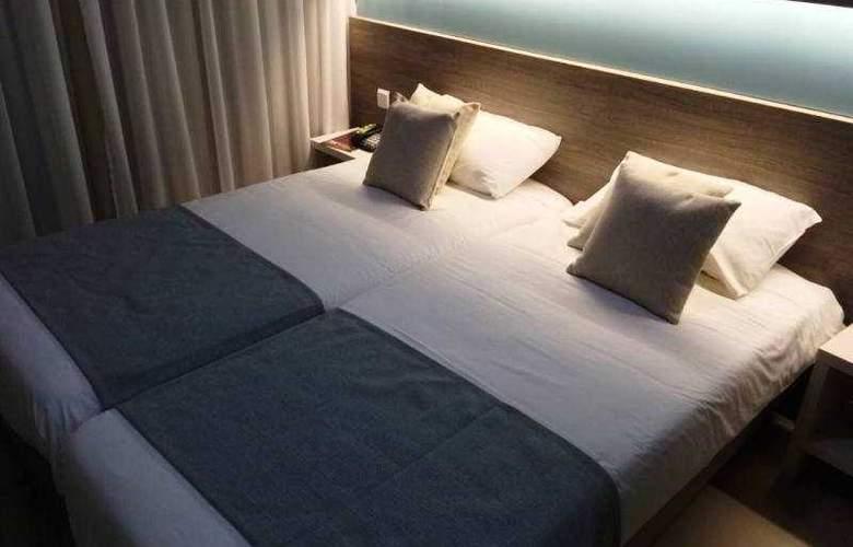 115 The Strand Aparthotel - Room - 17