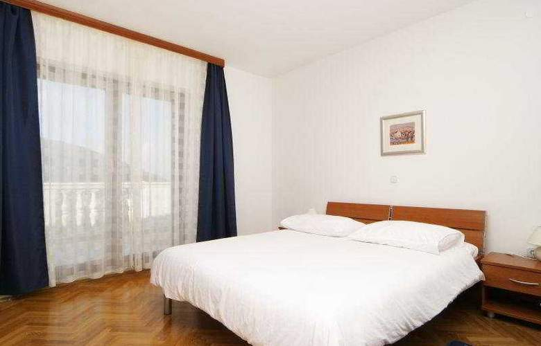 Villa Pucisca - Room - 7