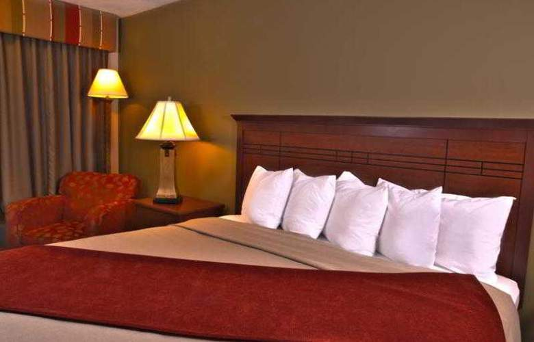Best Western Town & Country Inn - Hotel - 45