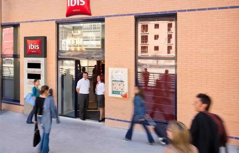 Ibis Málaga Centro - Hotel - 3