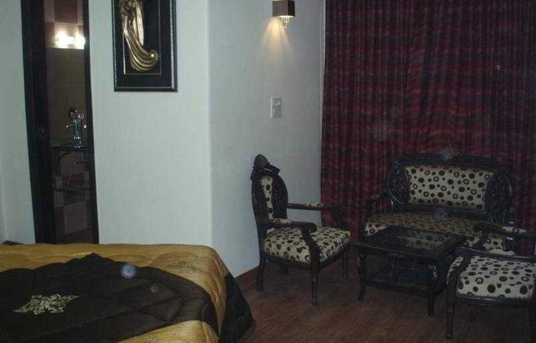 Raunak Plaza - Room - 7