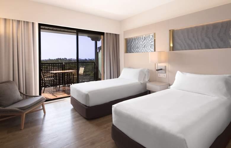 DoubleTree by Hilton Islantilla Beach Golf Resort - Room - 2