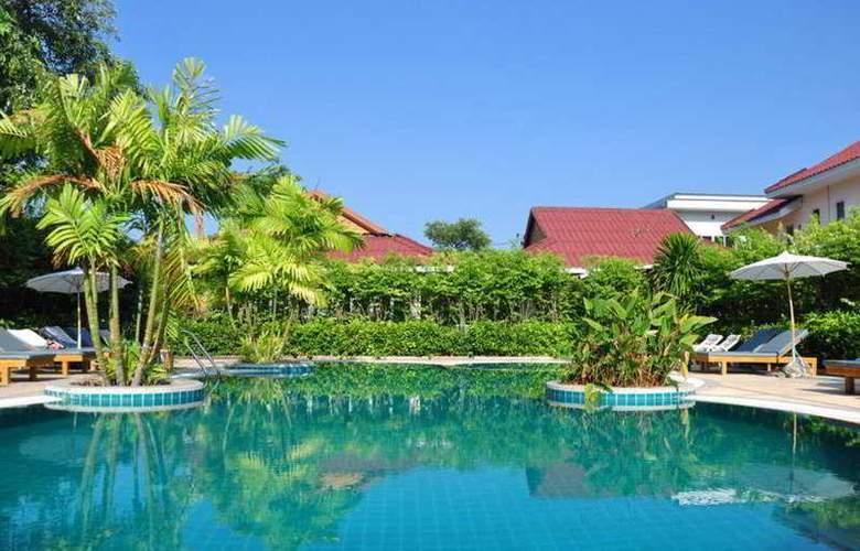 The Natural Resort - Pool - 4