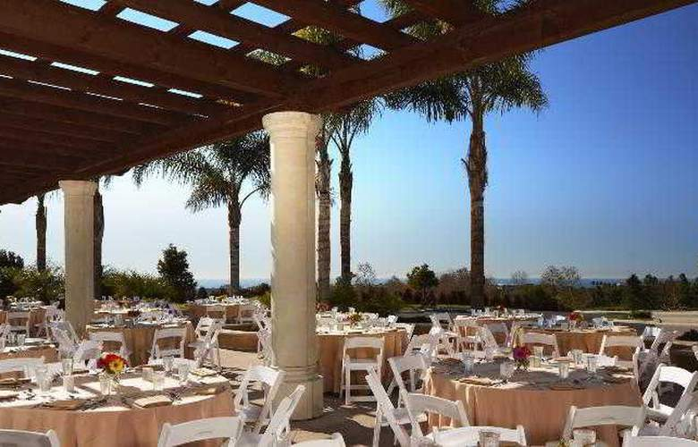 Sheraton Carlsbad Resort & Spa - Terrace - 35