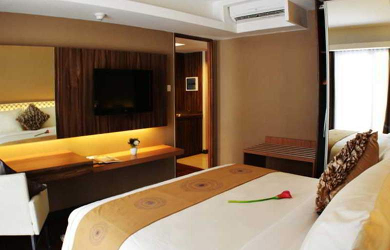 Ramada Bali Sunset Road Kuta - Room - 11