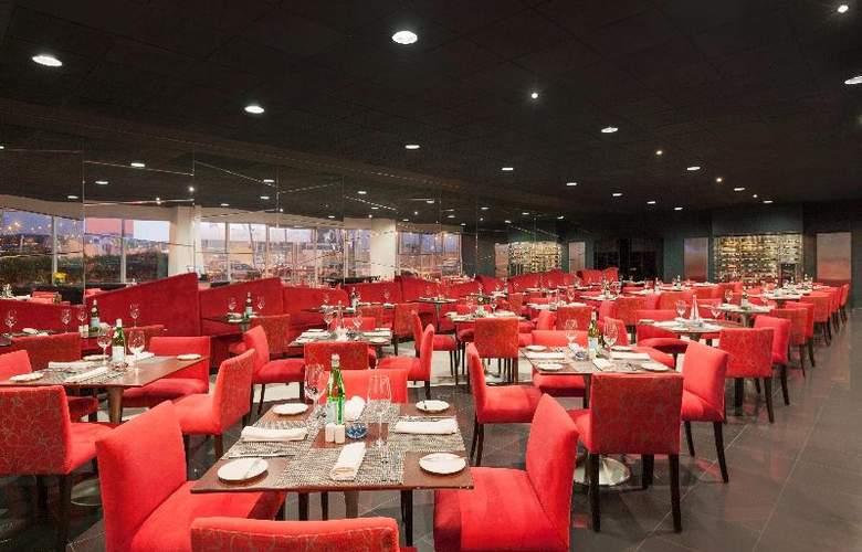 Costa del Sol Wyndham Lima Airport - Restaurant - 31