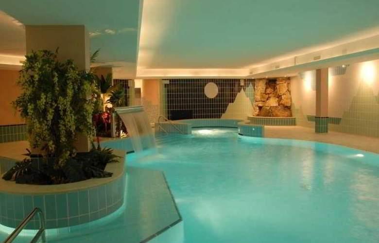 Residence Tre Signori - Pool - 10