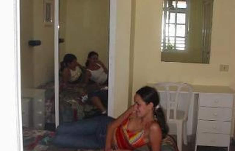 Apartamentos Isa - Room - 5
