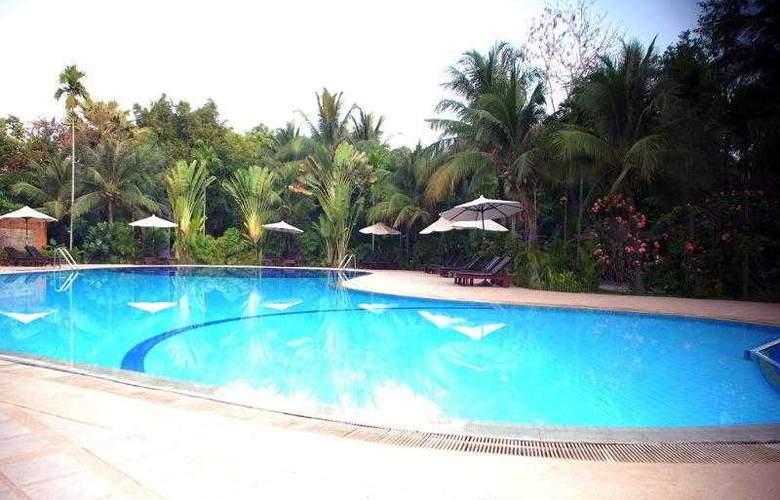 Angkor Century Resort & Spa - Pool - 61