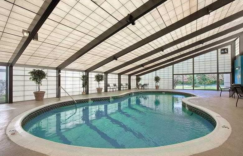 Best Western New Englander - Hotel - 18