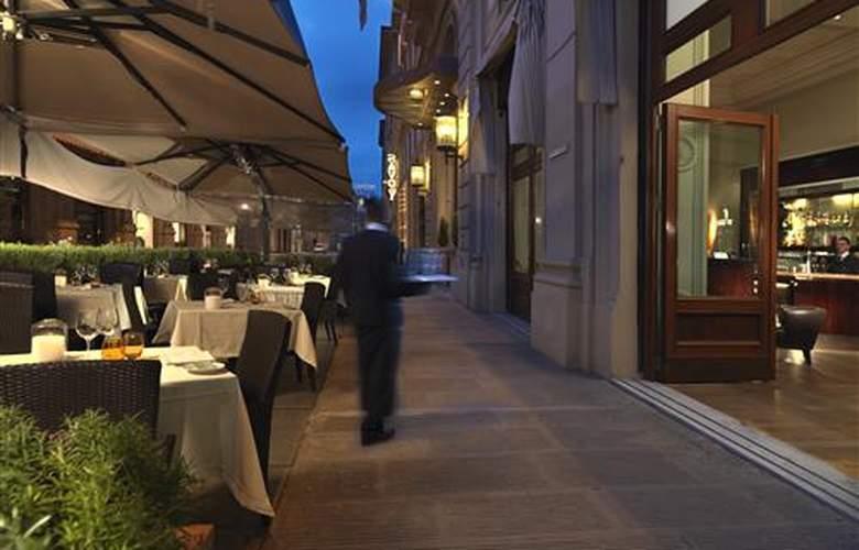 Hilton Capital Grand Abu Dhabi - Restaurant - 3