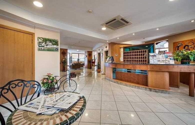 Best Western Ara Solis - Hotel - 11