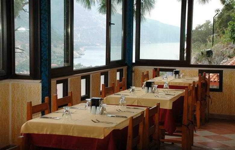 Belle Vue Hotel - Restaurant - 7