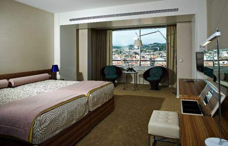 Grand Cannes - Room - 1