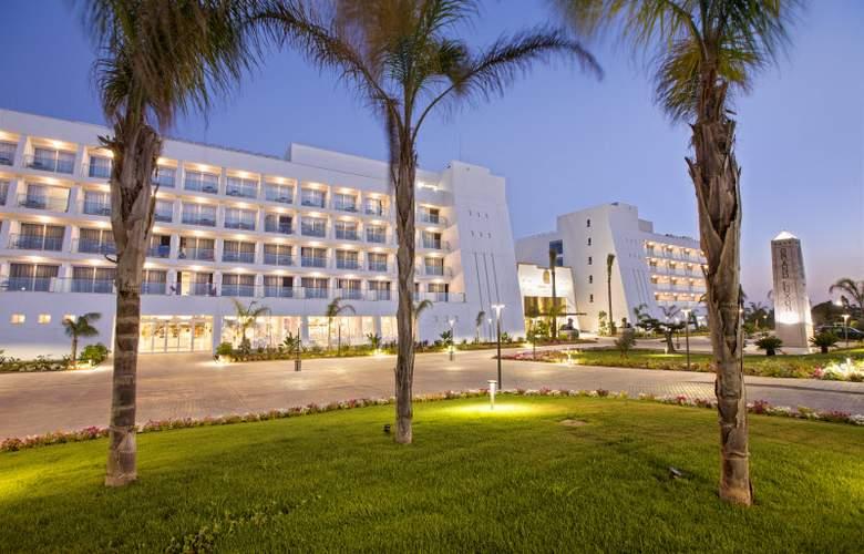 Grand Luxor - Hotel - 12