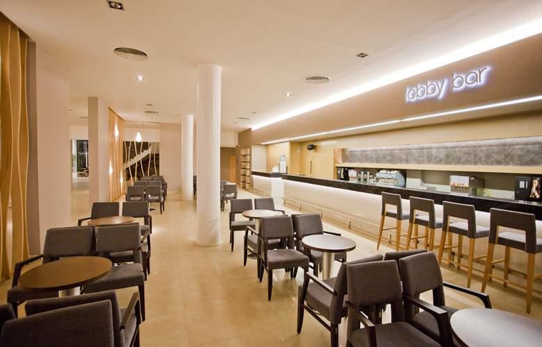 Evrika Beach Club - Bar - 4