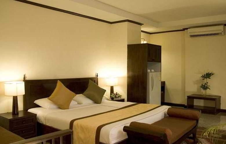 Royal Peninsula - Room - 3