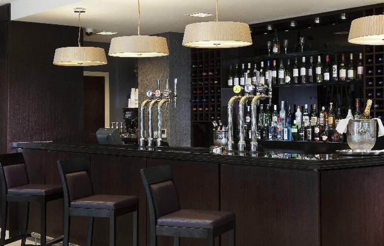 Holiday Inn London Commercial Road - Bar - 9