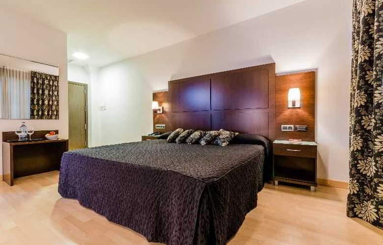 GIT Conquista de Granada - Room - 13