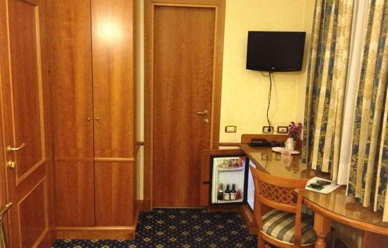 Amalfi - Room - 5