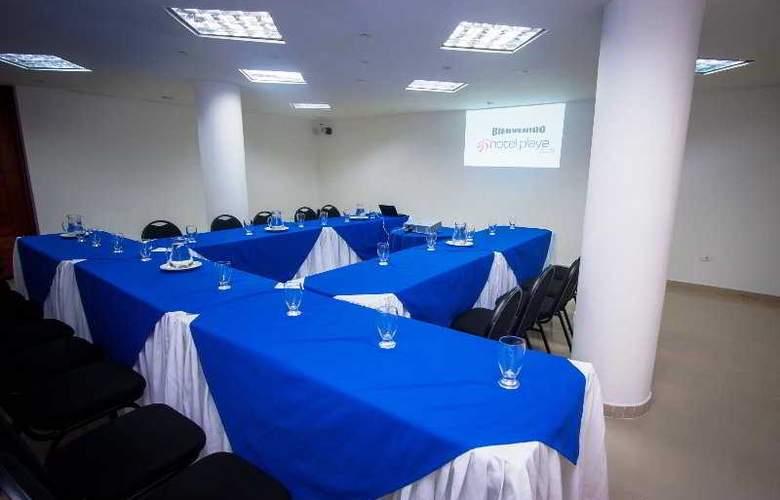 Playa Club - Conference - 18
