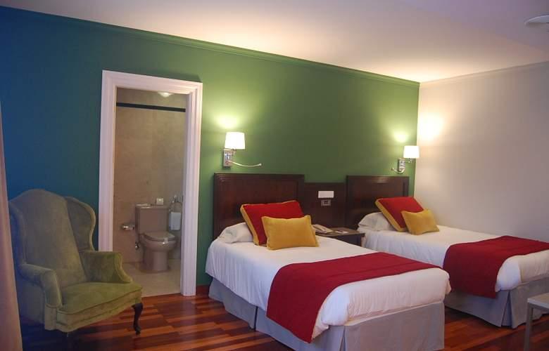 Escuela Santa Brigida - Room - 0