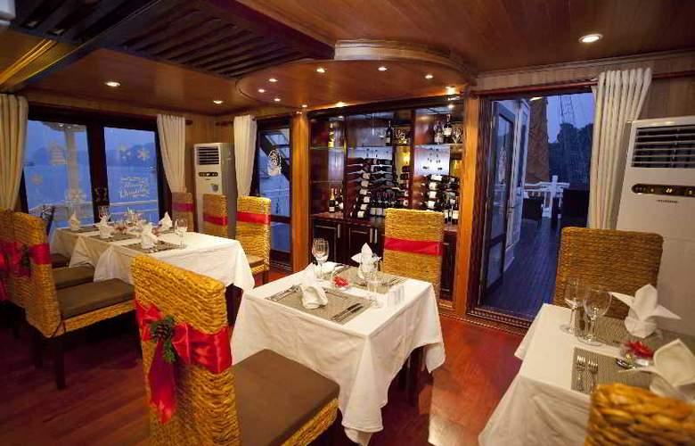 Aphrodite Cruises - Restaurant - 21