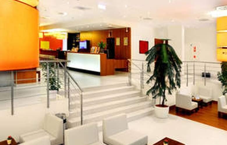 Star Inn Hotel Budapest Centrum - General - 1